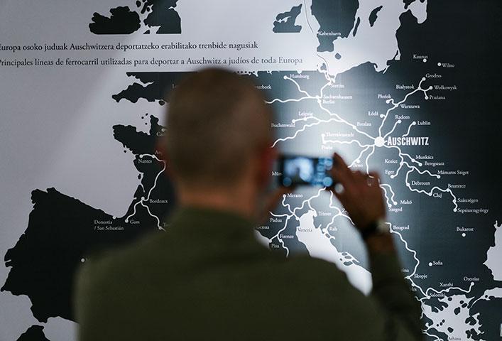 SeeingAuschwitz_Donostia_mapa